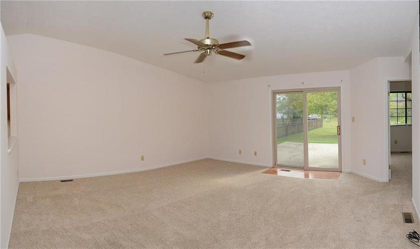 5915 Timber Lake Boulevard Indianapolis, IN 46237 | MLS 21674554 | photo 5