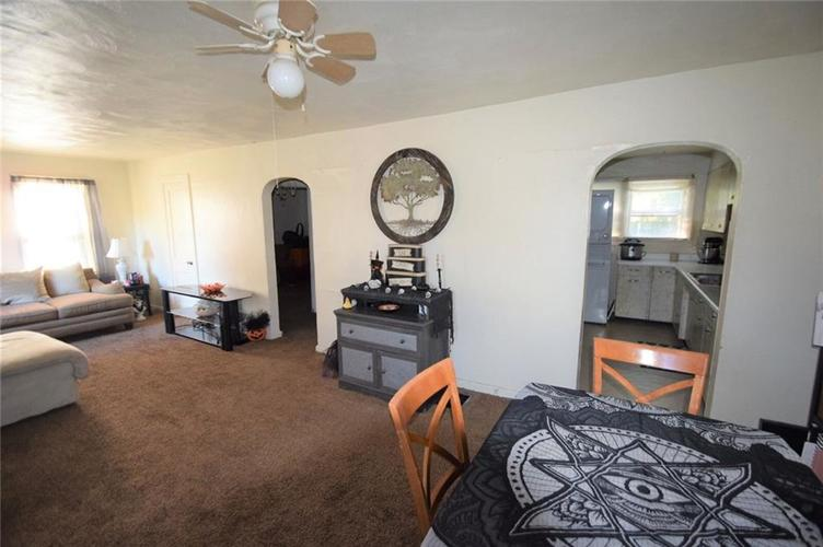 2405 E 3rd Street Anderson, IN 46012 | MLS 21674610 | photo 5
