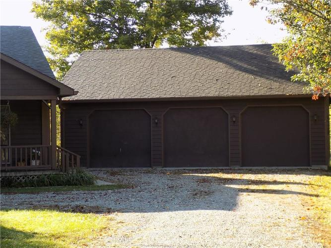 28 Sunset Drive Drive Greencastle, IN 46135 | MLS 21674806 | photo 2