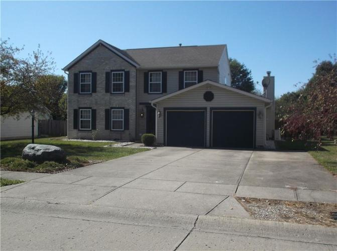 320 Palmyra Drive Indianapolis, IN 46239 | MLS 21674810 | photo 2