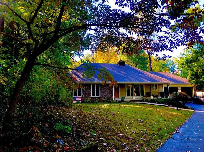 235  Bailliere Drive Martinsville, IN 46151 | MLS 21674836
