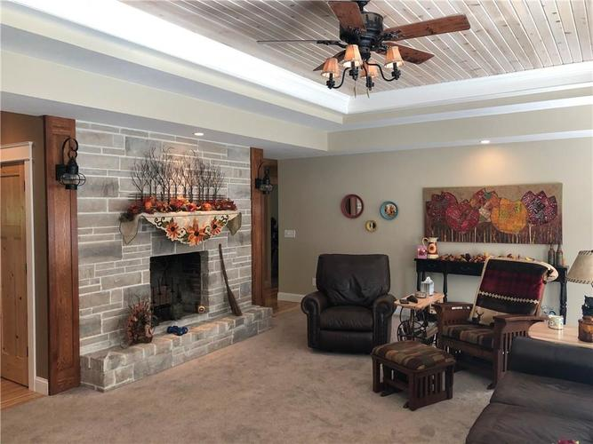 235 Bailliere Drive Martinsville, IN 46151 | MLS 21674836 | photo 12