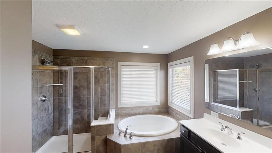 12461 Westmorland Drive Fishers, IN 46037   MLS 21674845   photo 26