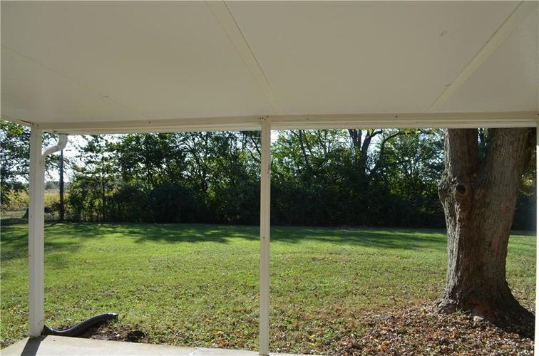 1328 S BUTTERCUP Drive New Palestine, IN 46163 | MLS 21674846 | photo 17