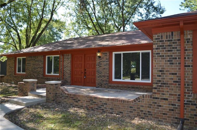 1328 S BUTTERCUP Drive New Palestine, IN 46163 | MLS 21674846 | photo 2