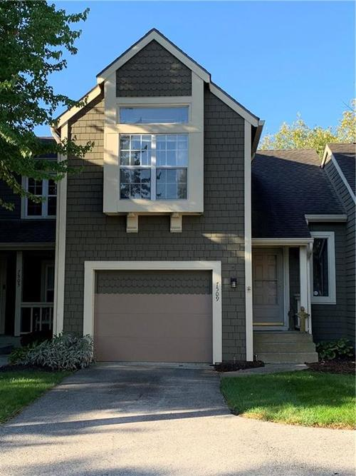 7509 Chatterton Drive Indianapolis, IN 46254 | MLS 21674917 | photo 1