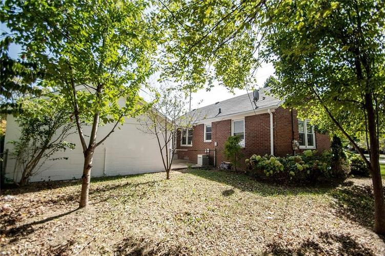 5140 E 16th Street Indianapolis, IN 46218 | MLS 21674942 | photo 46