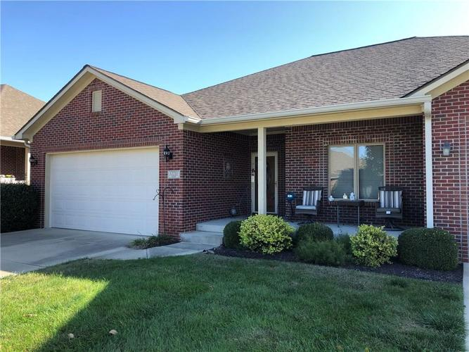 12711 N Lakeside Court Mooresville, IN 46158 | MLS 21674947 | photo 1
