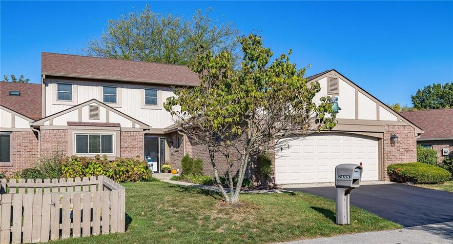 7458 Longleat Road Indianapolis, IN 46240 | MLS 21674992 | photo 1
