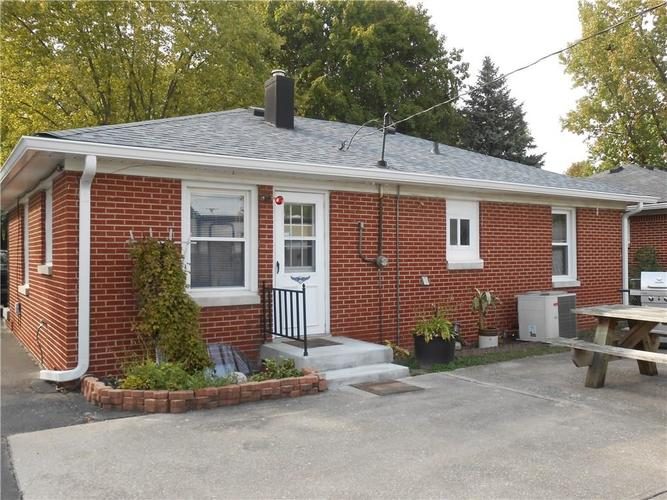 247 N Routiers Avenue Indianapolis, IN 46219 | MLS 21675080 | photo 16