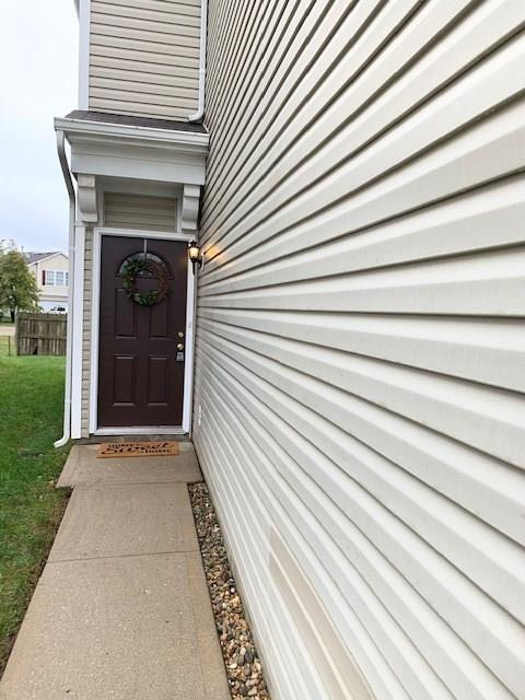 4437 Fullwood Court Indianapolis, IN 46254   MLS 21675108   photo 2