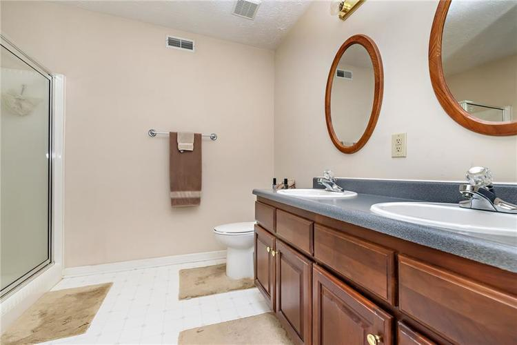 8390 Anderson Circle Avon, IN 46123 | MLS 21675189 | photo 17