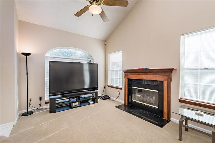 8390 Anderson Circle Avon, IN 46123 | MLS 21675189 | photo 6