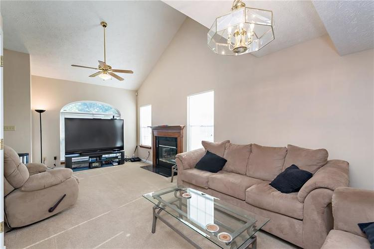 8390 Anderson Circle Avon, IN 46123 | MLS 21675189 | photo 7