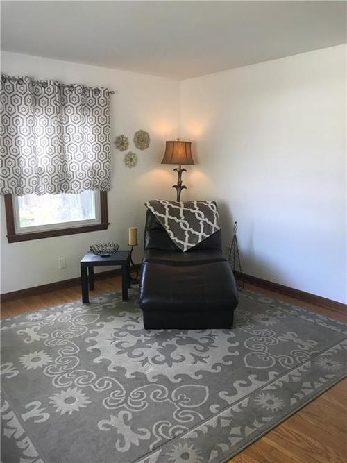 5317 E 19TH Place Indianapolis, IN 46218 | MLS 21675308 | photo 3