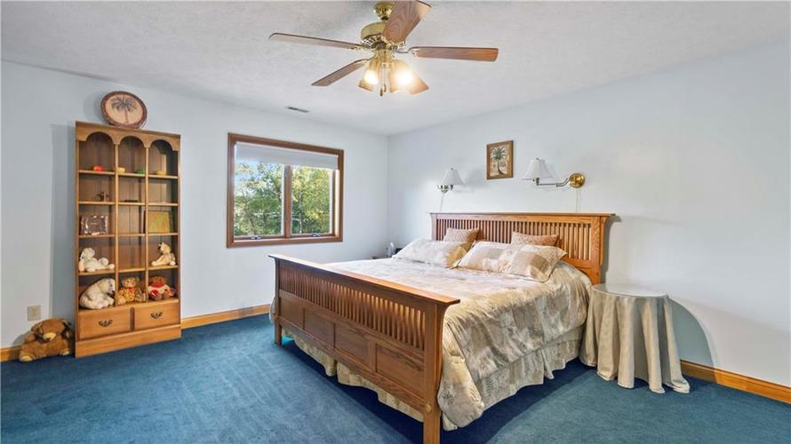 7002 Bluffridge Place Indianapolis, IN 46278 | MLS 21675330 | photo 15
