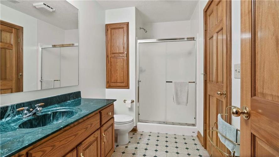 7002 Bluffridge Place Indianapolis, IN 46278 | MLS 21675330 | photo 16