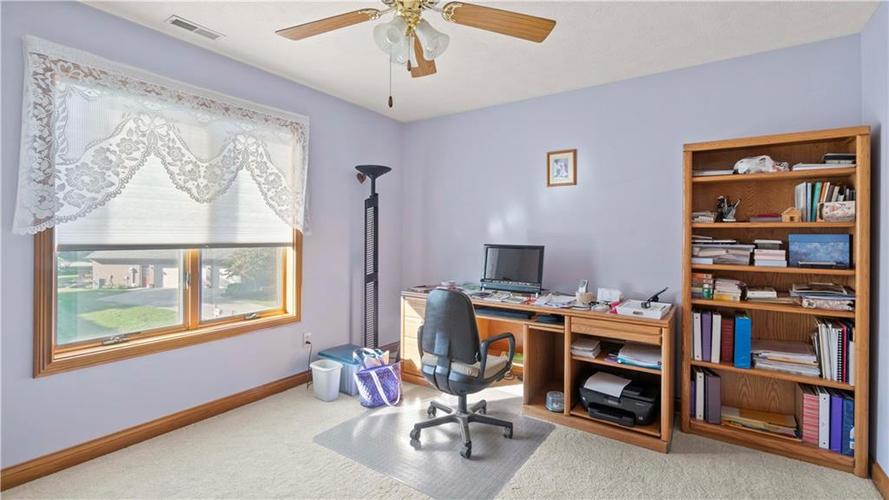 7002 Bluffridge Place Indianapolis, IN 46278 | MLS 21675330 | photo 17