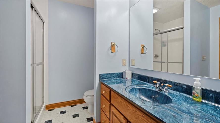 7002 Bluffridge Place Indianapolis, IN 46278 | MLS 21675330 | photo 20