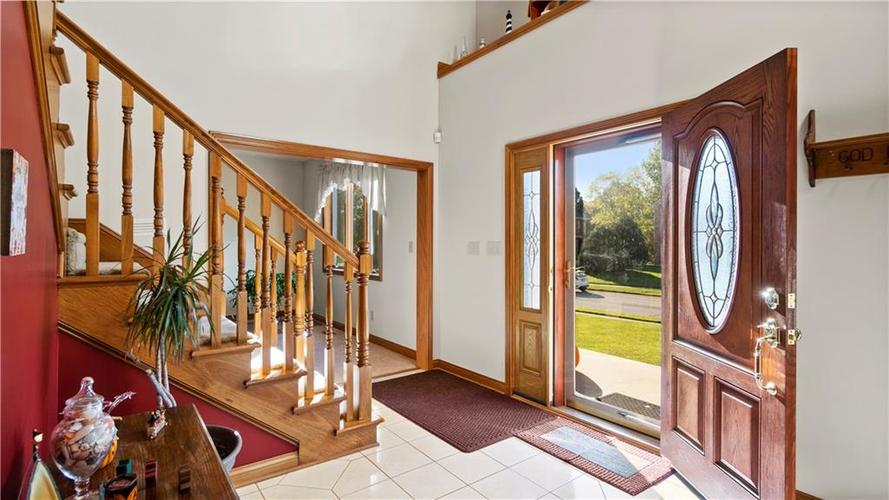 7002 Bluffridge Place Indianapolis, IN 46278 | MLS 21675330 | photo 3