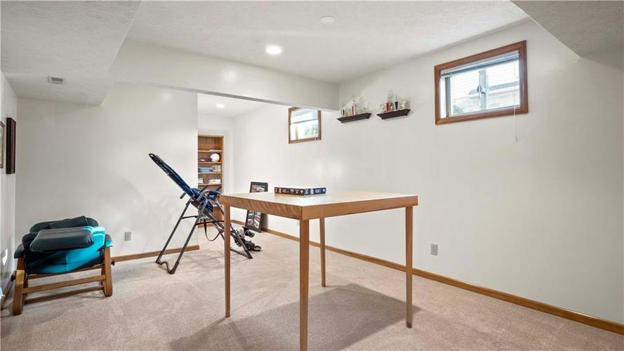 7002 Bluffridge Place Indianapolis, IN 46278 | MLS 21675330 | photo 34