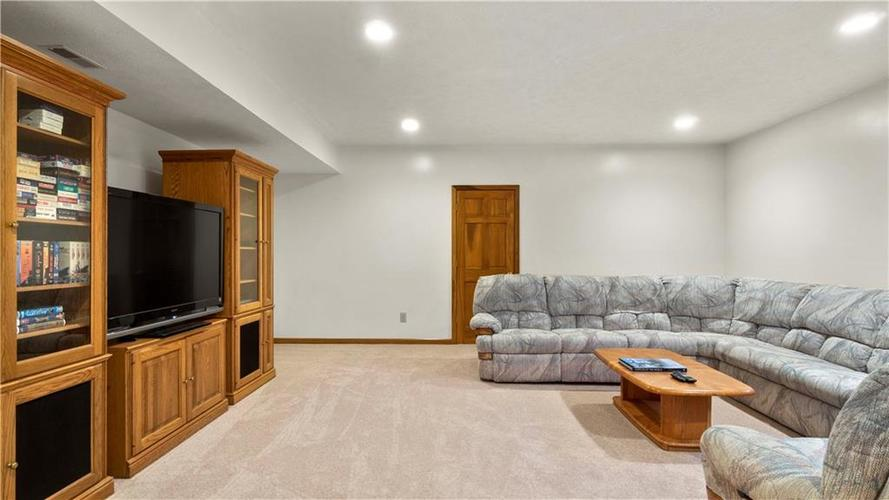 7002 Bluffridge Place Indianapolis, IN 46278 | MLS 21675330 | photo 41