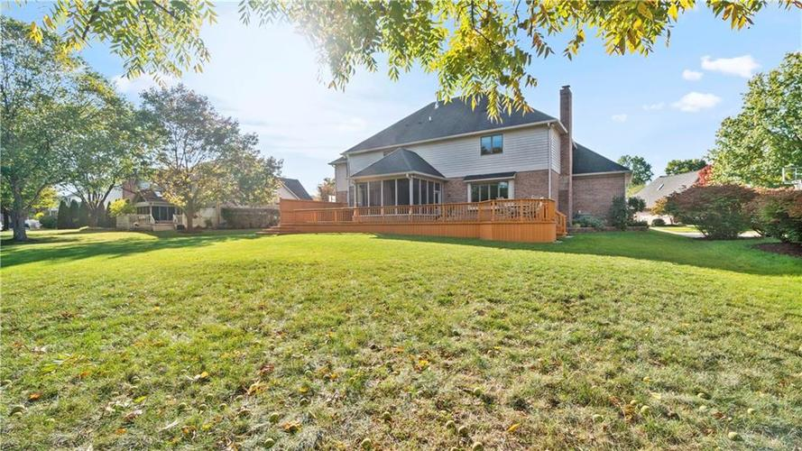 7002 Bluffridge Place Indianapolis, IN 46278 | MLS 21675330 | photo 47
