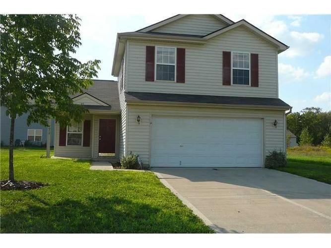 4052  STEELEWATER Way Indianapolis, IN 46235   MLS 21675334