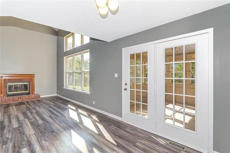8615 Longspur Court Indianapolis, IN 46234 | MLS 21675342 | photo 14