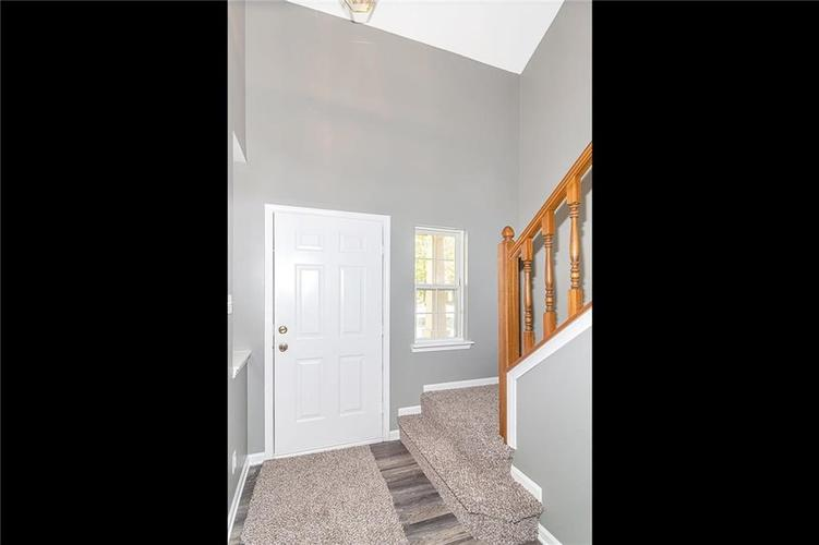 8615 Longspur Court Indianapolis, IN 46234 | MLS 21675342 | photo 3