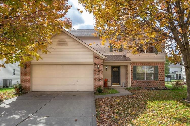 1739 Perry Commons Boulevard Indianapolis, IN 46217 | MLS 21675363 | photo 1