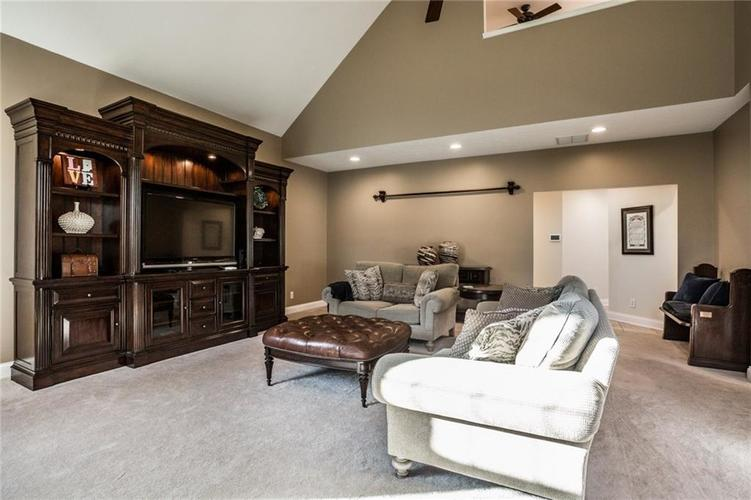 7010 Dior Court Indianapolis, IN 46278 | MLS 21675384 | photo 19