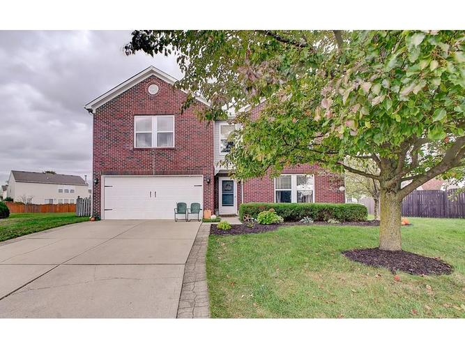 14555 Stewart Circle Fishers, IN 46038 | MLS 21675386 | photo 1