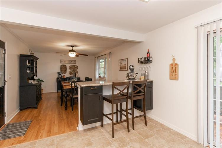417 Hickory Lane Plainfield, IN 46168 | MLS 21675452 | photo 11