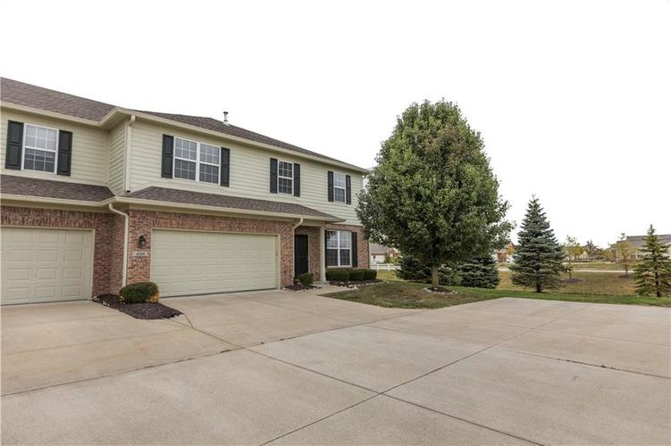 4108 BULLFINCH Way #B Noblesville, IN 46062 | MLS 21675456 | photo 2