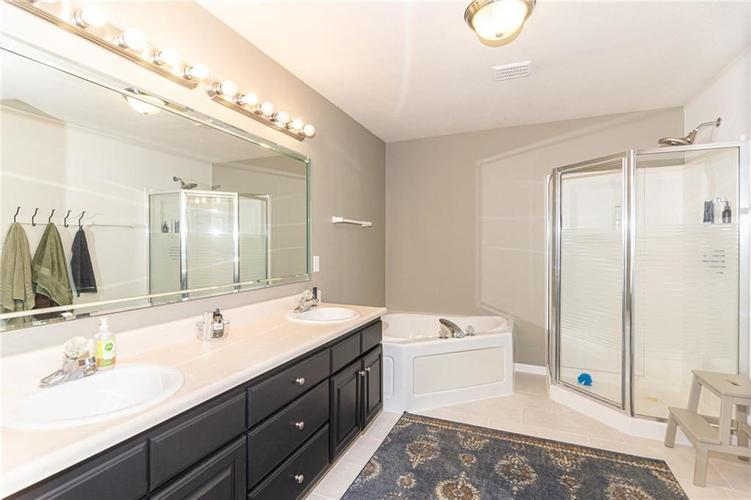 12596 Brookhaven Drive Fishers, IN 46037   MLS 21675481   photo 23