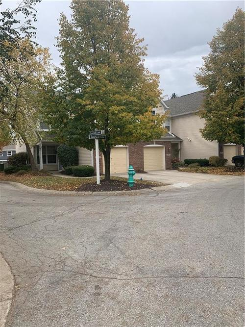 9560 Longwell Drive #7 Indianapolis, IN 46240   MLS 21675486   photo 4