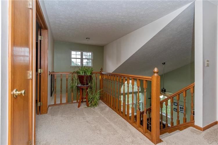 000 Confidential Ave.Greenwood, IN 46142 | MLS 21675503 | photo 11
