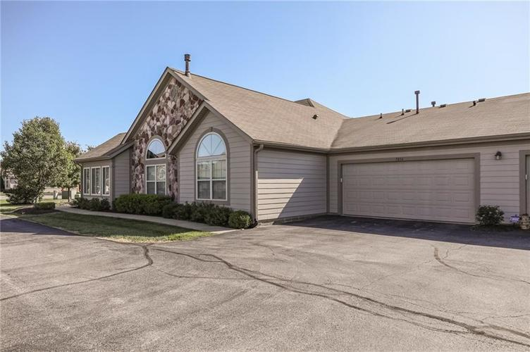 7836 Gold Brook Drive #4 Indianapolis, IN 46237 | MLS 21675515 | photo 4
