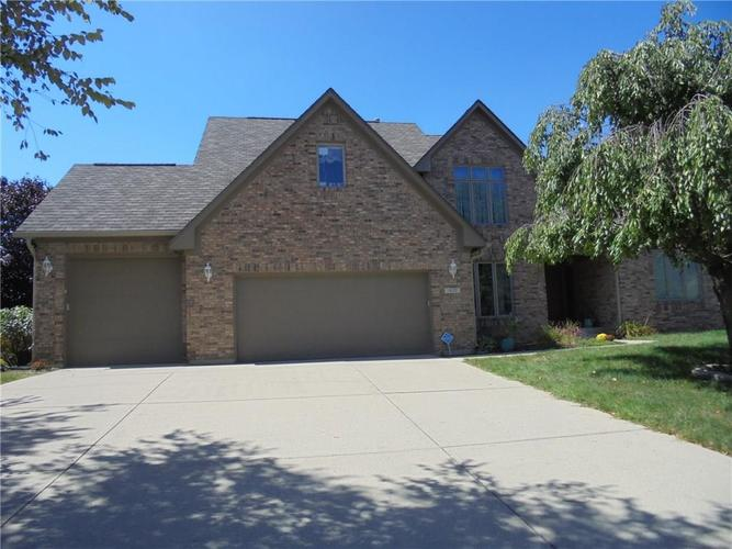 1920 Lakeside Lane Indianapolis, IN 46229 | MLS 21675534 | photo 1