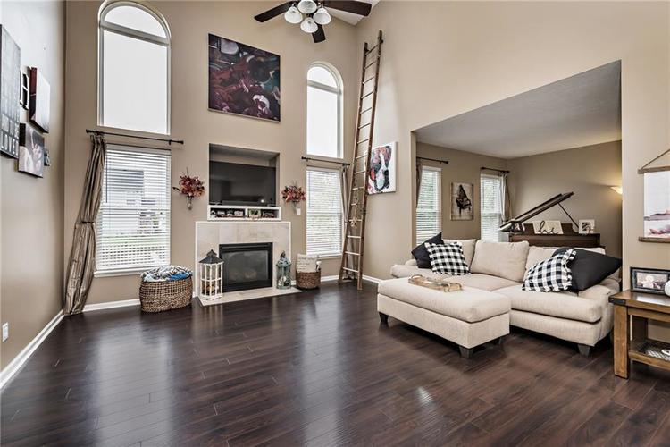 8685 N Commonview Drive McCordsville, IN 46055 | MLS 21675557 | photo 5