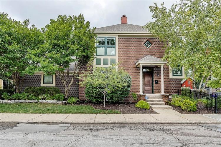 630 E Saint Clair Street Indianapolis, IN 46202 | MLS 21675568 | photo 1