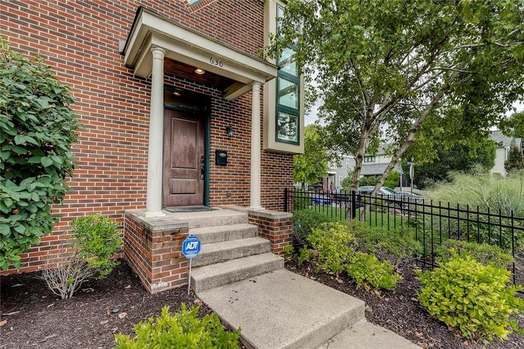 630 E Saint Clair Street Indianapolis, IN 46202 | MLS 21675568 | photo 47