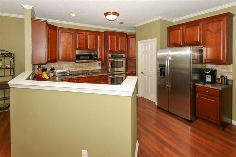4454 Hunters Crossing Circle Indianapolis, IN 46239 | MLS 21675587 | photo 11