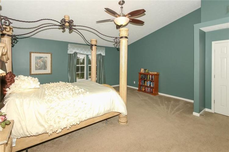 4454 Hunters Crossing Circle Indianapolis, IN 46239 | MLS 21675587 | photo 18