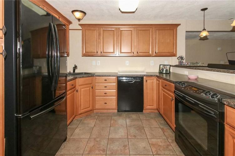 4454 Hunters Crossing Circle Indianapolis, IN 46239 | MLS 21675587 | photo 27