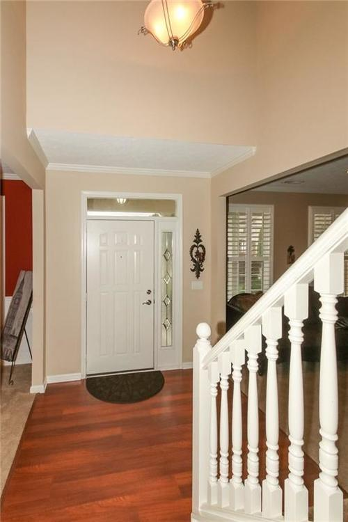 4454 Hunters Crossing Circle Indianapolis, IN 46239 | MLS 21675587 | photo 3