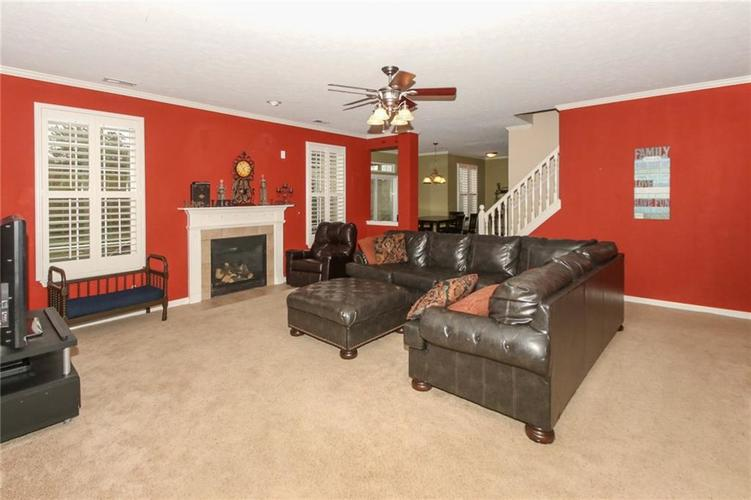 4454 Hunters Crossing Circle Indianapolis, IN 46239 | MLS 21675587 | photo 9