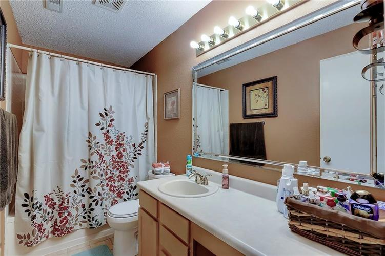 5236 Austral Drive Indianapolis, IN 46254   MLS 21675592   photo 24