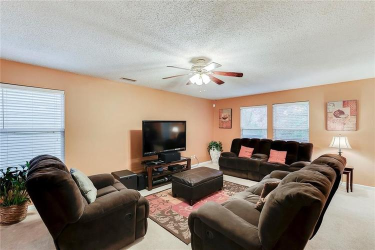 5236 Austral Drive Indianapolis, IN 46254   MLS 21675592   photo 6